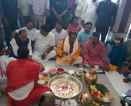 मुख्यमंत्री रघुवर दास श्रावणी मेला का उद्घाटन करने देवघर पहुँचे।