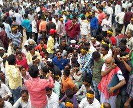 धनबाद -चंद्रपुरा रेललाईन : टाइगर फोर्स व समरेश सिंह ने DGMS का किया घेराव