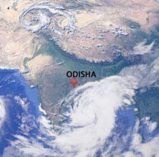 बंगाल की खाड़ी में कम दबाव के कारण टकराएगी तबाही वाली 'तितली', ओडिशा में रेड अलर्ट, स्कूल बंद