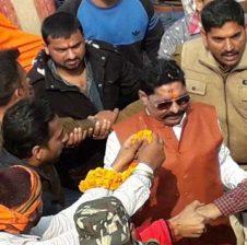 बिहार: बाहुबली अनंत सिंह ने मिशन 2019 के रोड शो में दिखाया दम, खुद को बताया मुंगेर का कांग्रेस कैंडिडेट