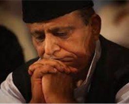 घिरे आजम खान, यूपी सरकार ने मुकदमा चलाने की दी इजाजत