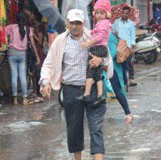 धनबाद : भारी बारिश से कोयलांचल में जनजीवन अस्त-व्यस्त