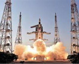 इसरो ने अंतरिक्ष केंद्र से 2 विदेशी उपग्रहों का किया सफल प्रक्षेपण