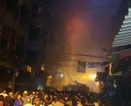 कोलकाता : महानगर स्थित भयावह आग, बुझाने के लिए 35 दमकल की मदद ली जा रही है, देखे वीडियो