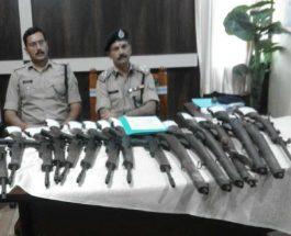 लातेहार: पुलिस ने बालूमाथ जंगल से टीपीसी की 10 आर्म्स बरामद की