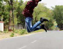 बिहार: मॉडलिंग, एक्टिंग व डांस में धूम मचा रहा मोतिहारी का विवेक