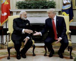 प्रधानमंत्री नरेंद्र मोदी और अमेरिकी राष्ट्रपति डोनाल्ड ट्रंप के बीच बातचीत.