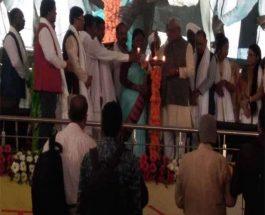 अंग्रेज़ो के पाले हुए लोग हमारी संस्कृति को नष्ट कर रहे हैं : सीएम रघुवर दास