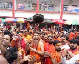 लालू के बेटे तेज प्रताप  ने देवघर व बासुकीनाथ  बाबा मंदिर में की पूजा-अर्चना